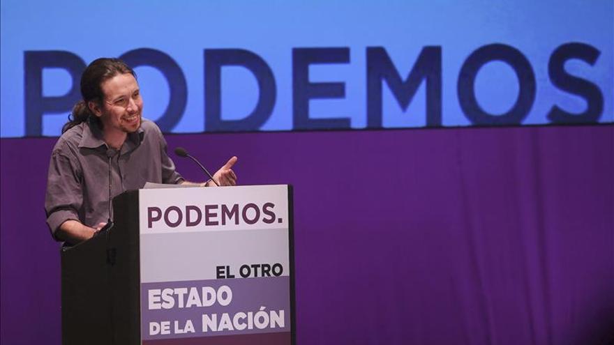 """Iglesias acusa a Rajoy de presidir un Gobierno """"inútil"""" y le reta a un debate"""