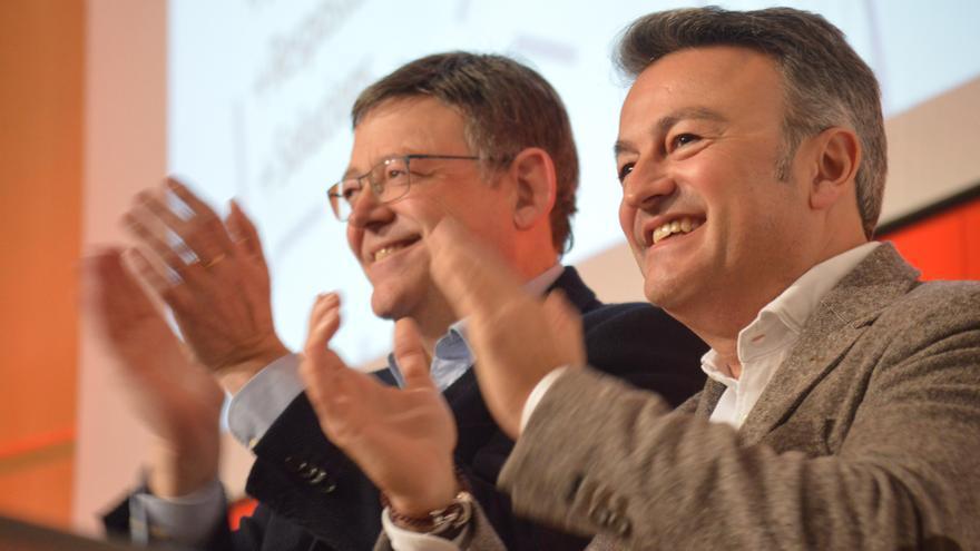 José Chulvi, secretario general del PSPV en Alicante, junto al líder de los socialistas valencianos, Ximo Puig