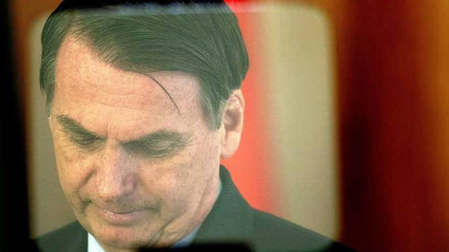 Bolsonaro embarca rumbo a Washington para su primera visita oficial