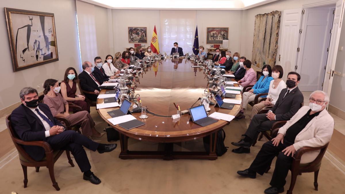 Consejo de Ministros tras la remodelación del Gobierno, a principios de julio
