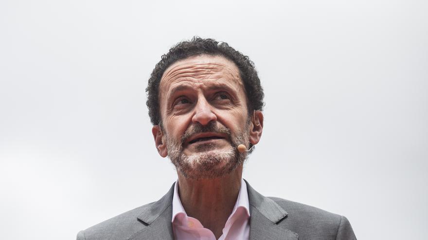 El candidato de Ciudadanos (Cs) a la Presidencia de la Comunidad de Madrid, Edmundo Bal, durante un acto del partido en la Plaza del Dos de Mayo.