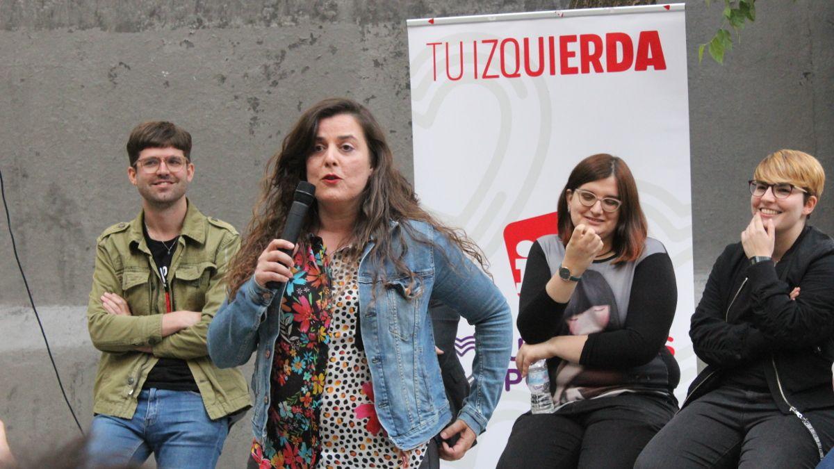 Vanessa Angustia, candidata al Parlamento Europeo por IU, en el acto de IU-Unidas Podemos en la Plazuela de la Memoria Trans | SOMOS CHUECA