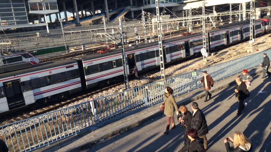 Imágenes del desalojo de los trenes de Atocha / Foto: Javier Carmona @javikarmona