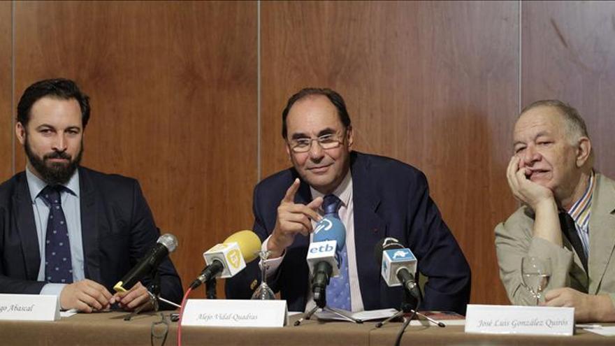 Vidal-Quadras acusaba a la cúpula del PP de prepotencia y falta de debate interno.