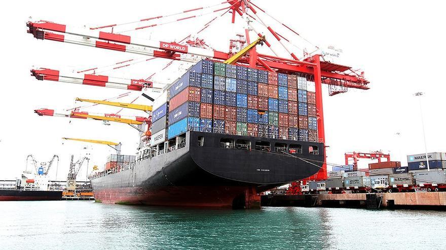 Cerrar la economía al comercio mundial atenta contra el desarrollo exportador a largo plazo.