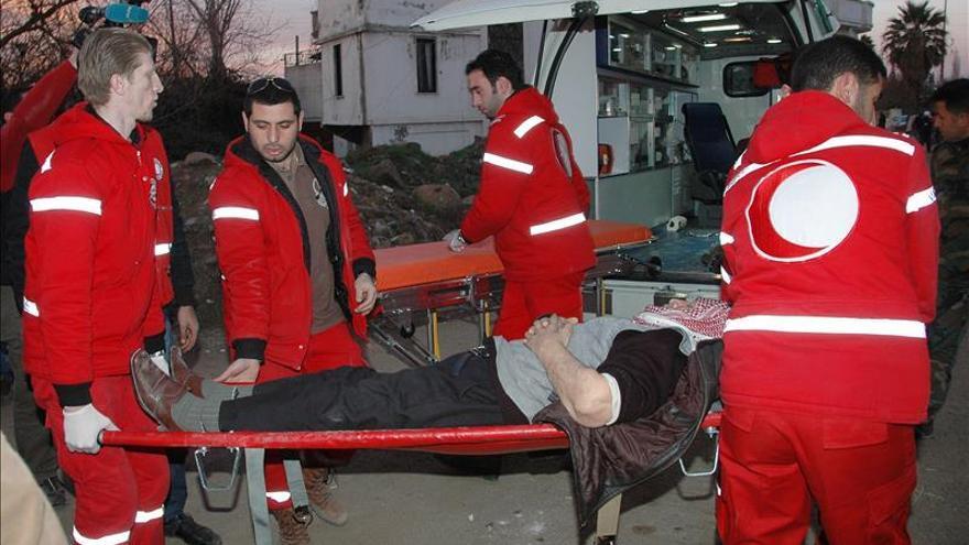 Comienza la evacuación de los heridos de tres ciudades asediadas en Siria