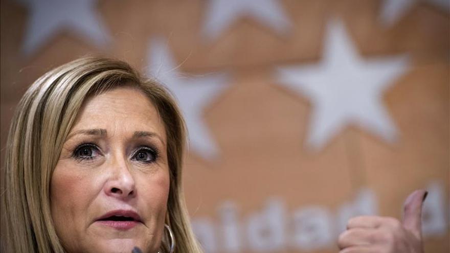Cifuentes defiende que Rajoy no es un obstáculo para que el PP logre apoyos