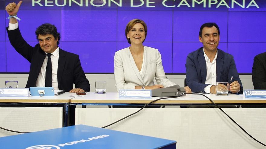 Cospedal pide a los cargos del PP una campaña puerta a puerta explicando las alternativas: extremismo o moderación