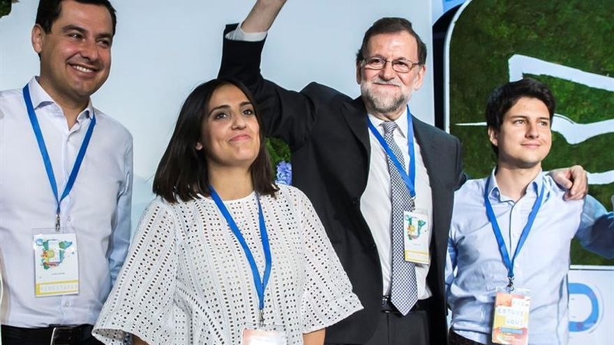 """Rajoy apela al """"orgullo"""" de ser del PP y llama a preservar la unidad interna"""