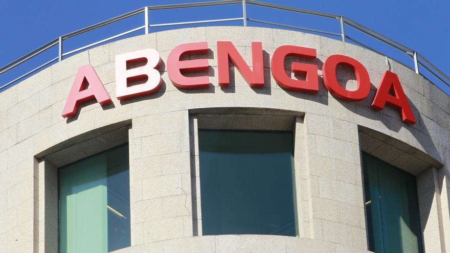 """La plataforma de perjudicados por Abengoa califica la reestructuración de """"insultante"""" y """"leonina"""""""