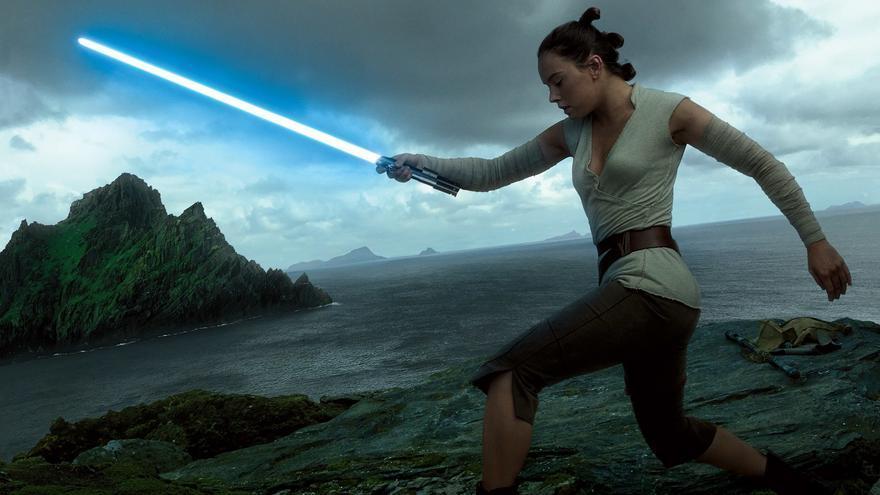 Rey (Daisy Ridley), esperanza de la rebelión