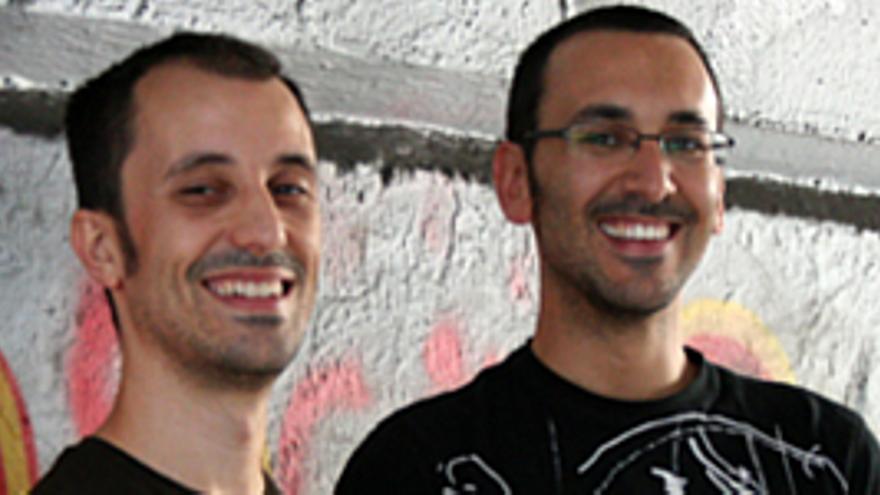 Dos de los jóvenes formados en la ULPGC. (CANARIAS AHORA)