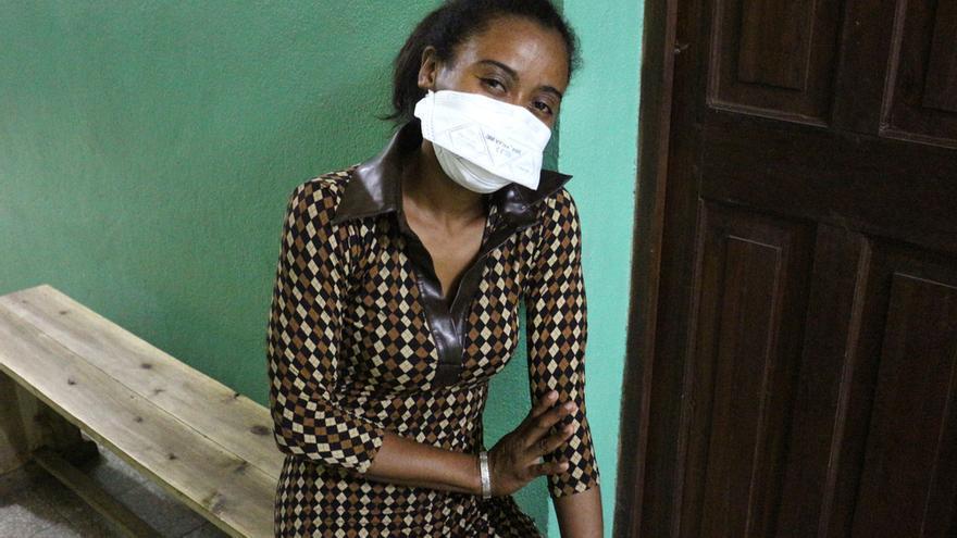 Innocence es doctora en Madagascar y ha superado la peste.