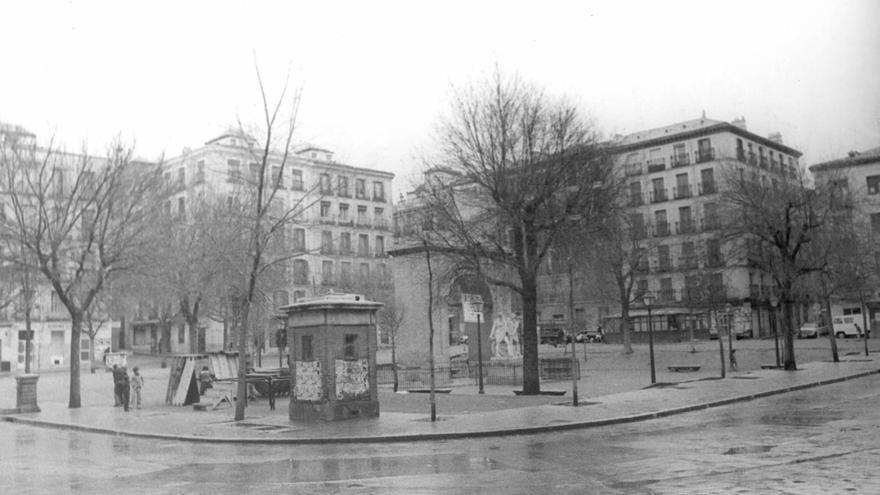 La plaza del Dos de Mayo en 1979   Colección particular Juan Carlos González Carpetano