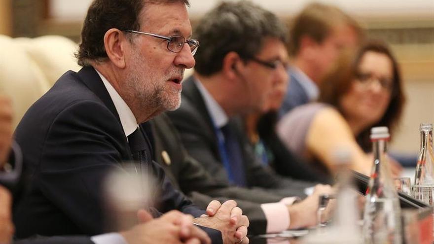 """Rajoy resume su estrategia tras la investidura fallida en """"perseverar"""""""