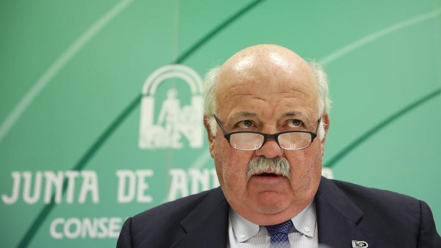 Aguirre dice que si la empresa del hermano del administrador de Magrudis no tiene registro sanitario será cerrada