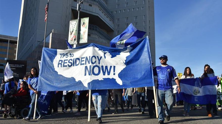 La OIM insta a salvadoreños en Estados Unidos a reinscribirse en TPS