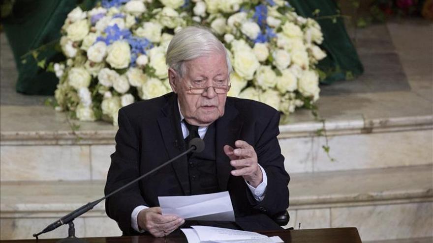Muere el ex canciller alemán Helmut Schmidt a los 96 años