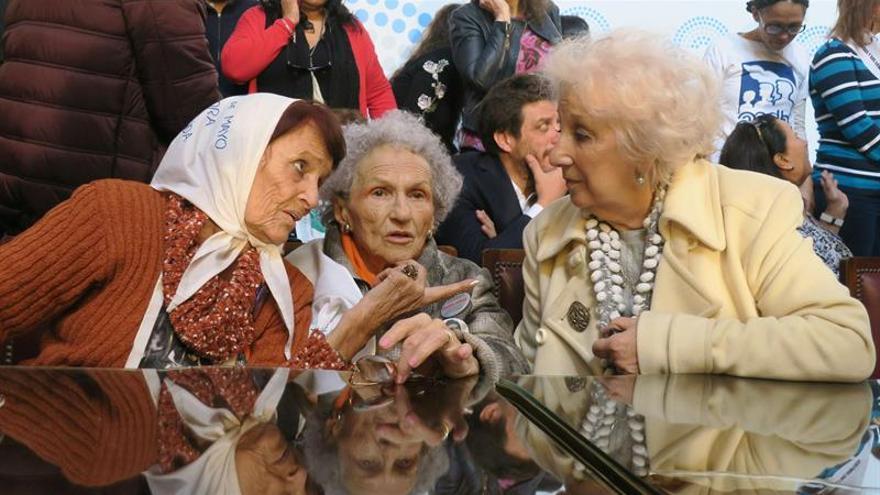 Miles de argentinos claman contra la ley que beneficia a represores de dictadura