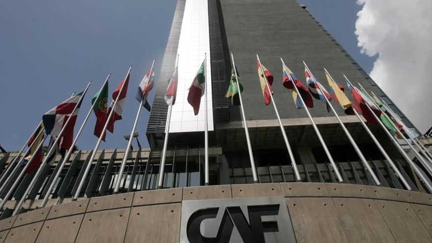El banco de desarrollo de América Latina-CAF fue constituido en 1970 y actualmente está conformado por 17 países de América Latina y el Caribe, España y Portugal, y 13 bancos privados.