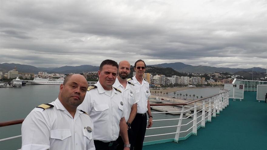 Sovereign, el crucero con más de 300 tripulantes confinados 40 días en el puerto de Málaga