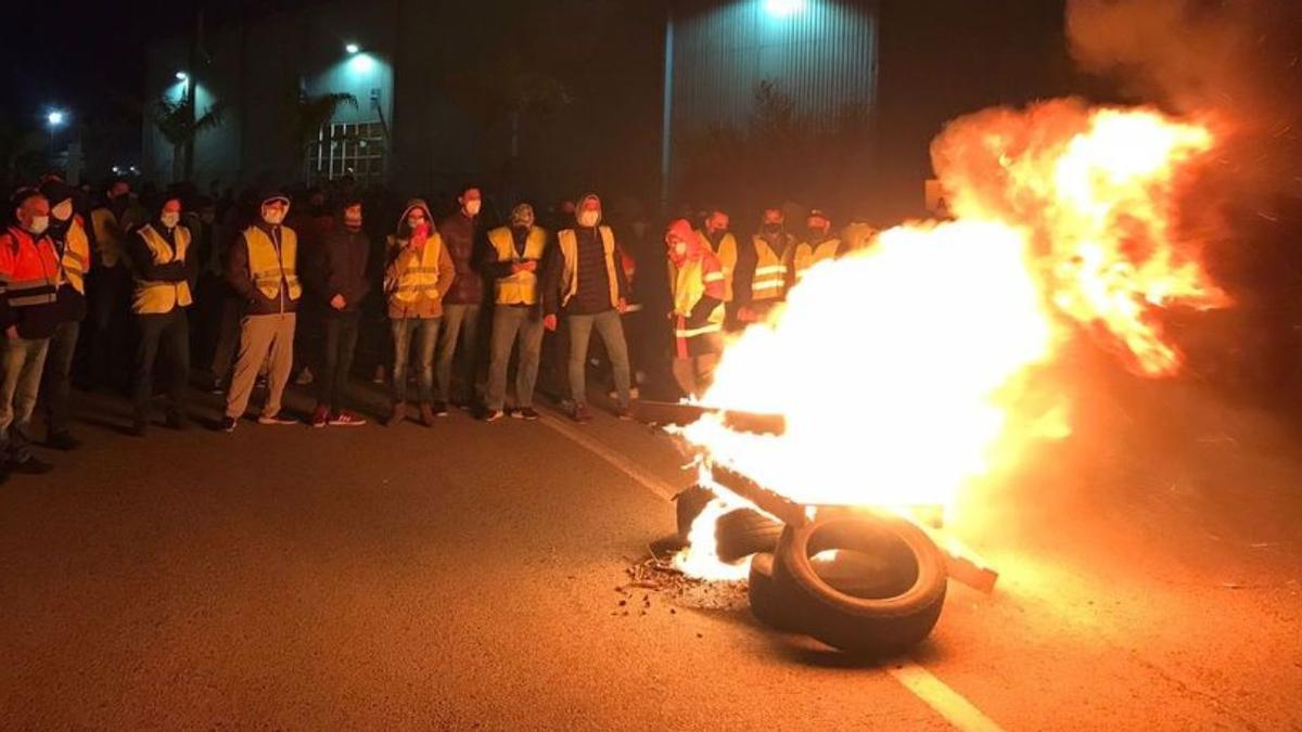 Una de las acciones de protesta llevadas a cabo por los trabajadores de Pilkington.