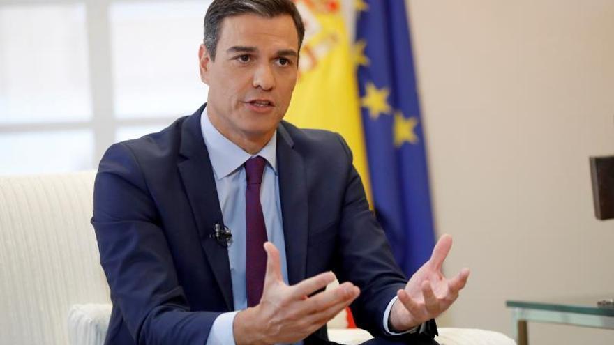 Sánchez admite su error sobre la Fiscalía y garantiza su autonomía