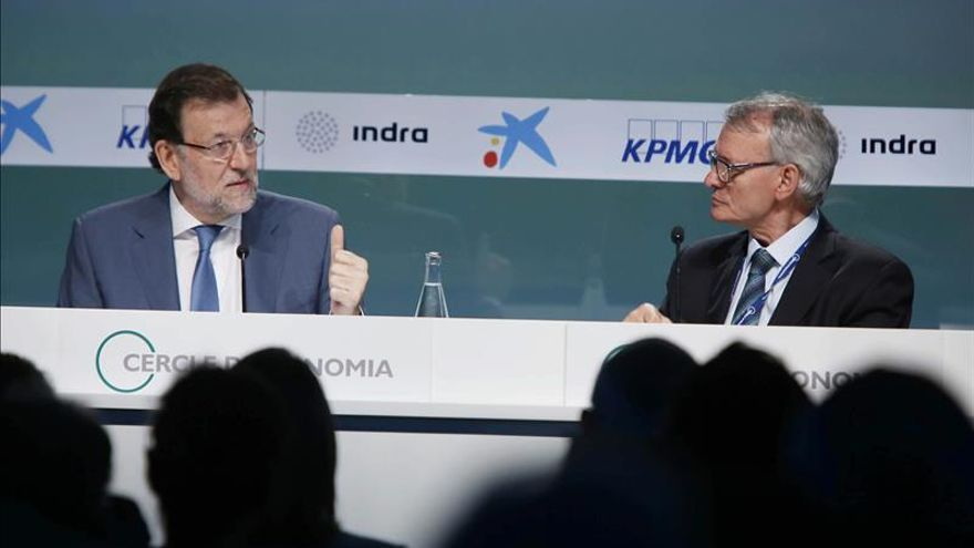 """Rajoy cree que los comicios del 27-S son """"un error y no ayudan a la recuperación"""""""