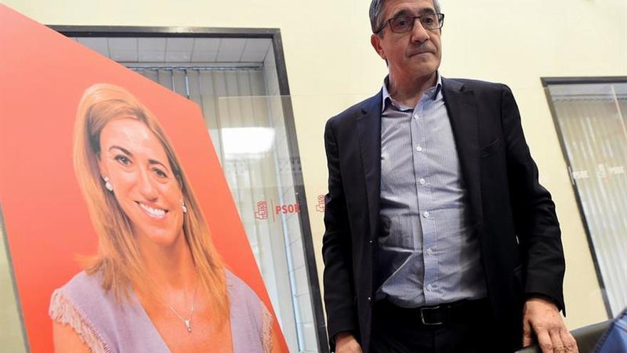 """Patxi López: """"Hoy todos los socialistas lloramos juntos"""""""