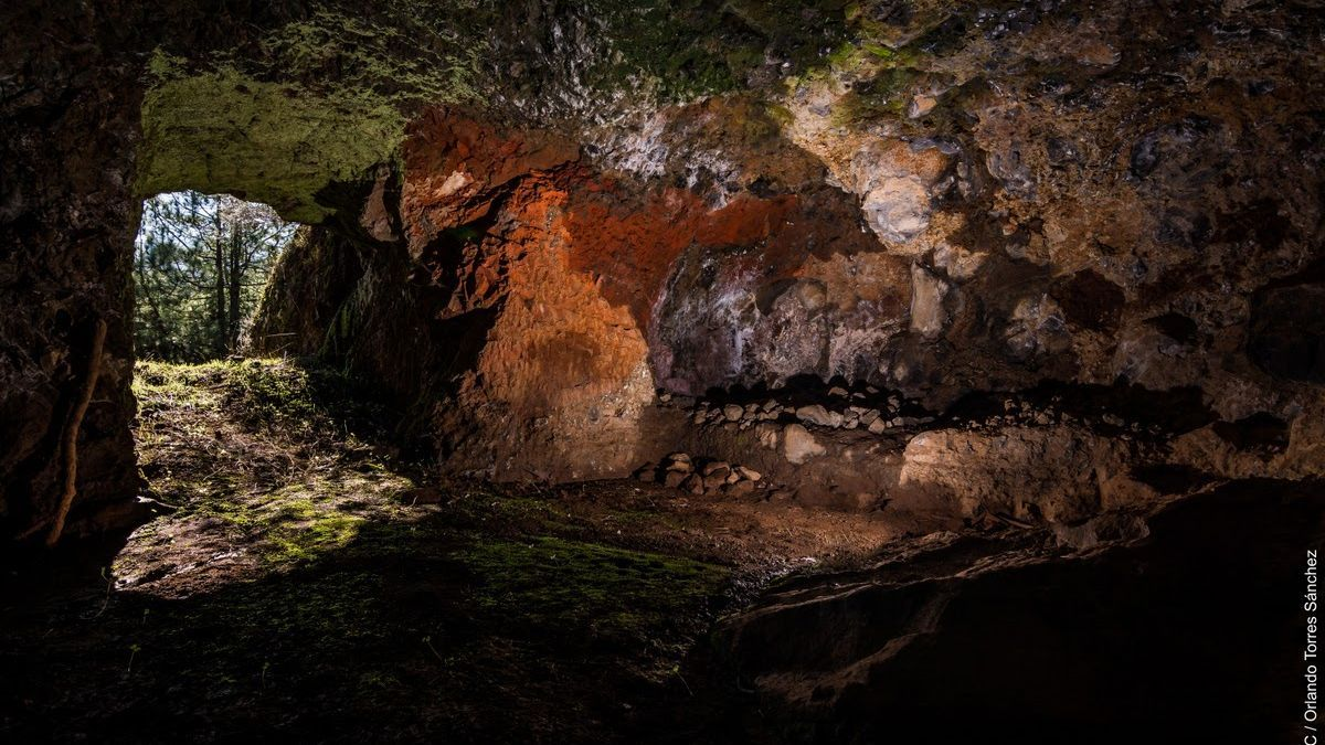 Alpendre cueva en Los Majadales