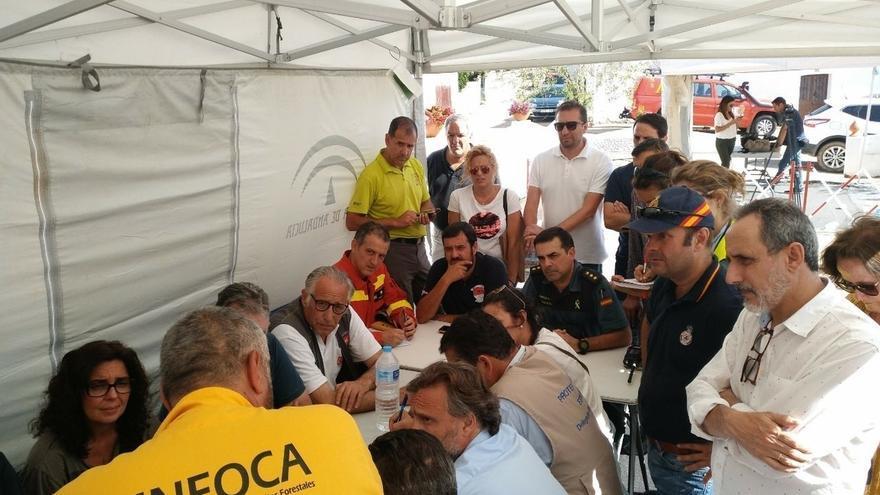 Desactivan el nivel 1 en el incendio de Riotinto y autorizan el regreso de los evacuados