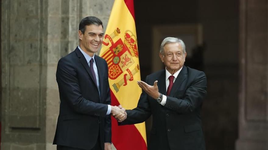 López Obrador recibe a Pedro Sánchez en el Palacio Nacional