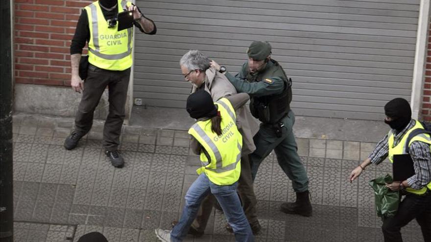 Sortu dice que las detenciones son la respuesta al compromiso de los presos por la paz
