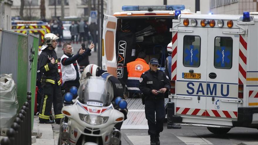 """RSF, """"profundamente impactada"""" por la masacre del """"Charlie Hebdo"""""""