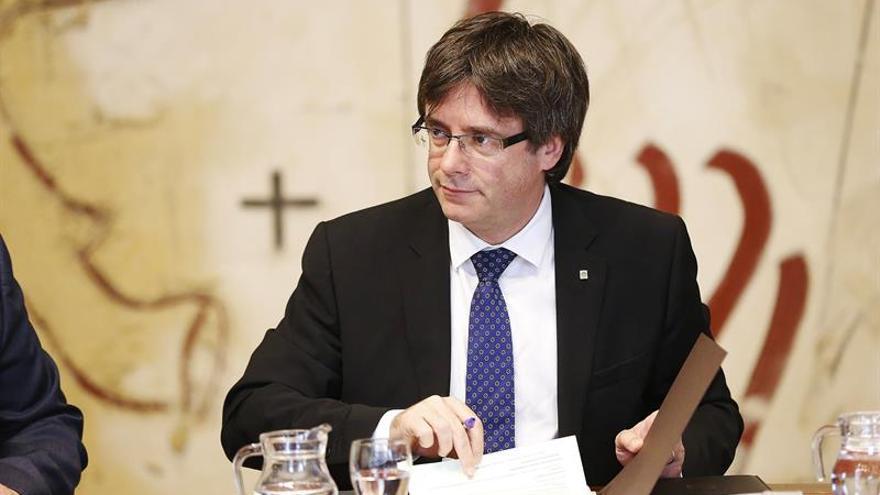 Puigdemont: sentencias TC y guerra sucia son invitaciones para irnos deprisa