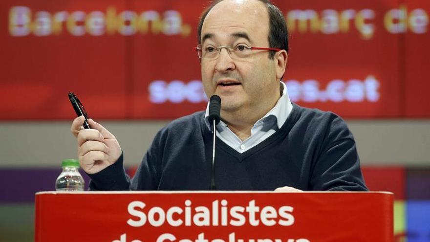 Iceta trasladará al PSOE la voluntad de ayudar en la negociación pero sin fragmentar