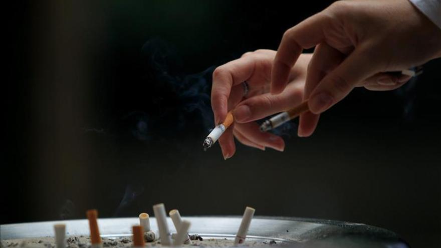 España, entre los países con más fumadores pese a la caída desde 2012