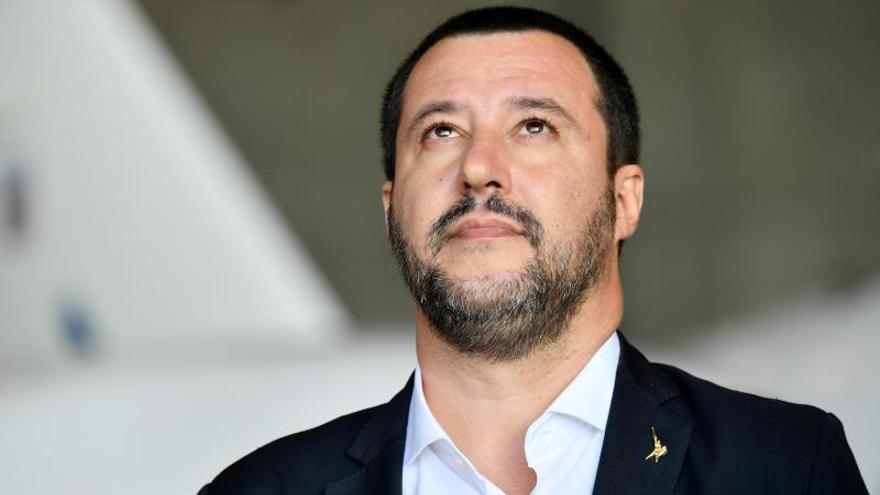 Salvini dice que Italia no enviará un nuevo plan presupuestario a Bruselas