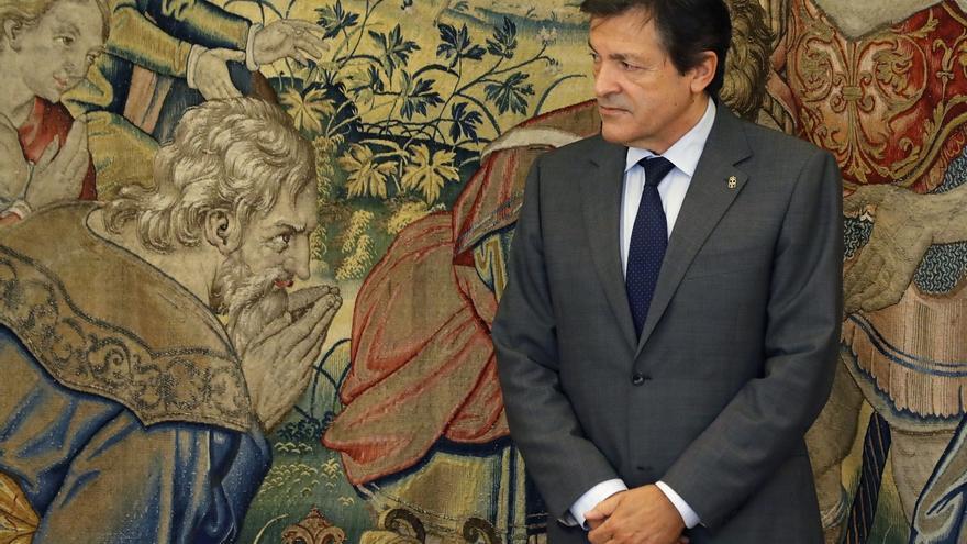 """Javier Fernández: """"Podemos tomará la calle en las formas que ya conocemos y el PSOE liderará la oposición"""""""