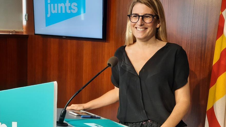La diputada y presidenta de Junts en el Ayuntamiento de Barcelona, Elsa Artadi en el acto para presentar las iniciativas al pleno municipal de este junio.