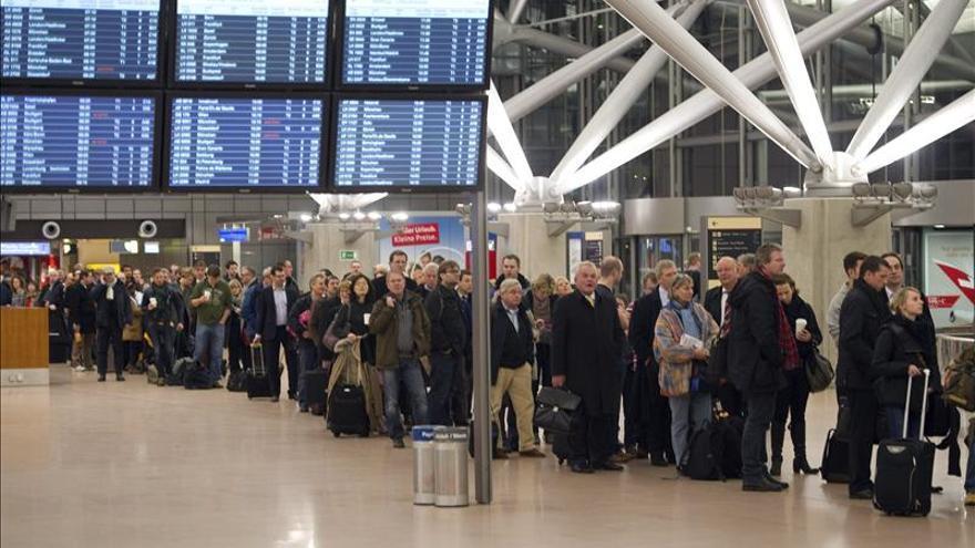 Continúa la huelga en aeropuertos alemanes con cancelaciones y retrasos