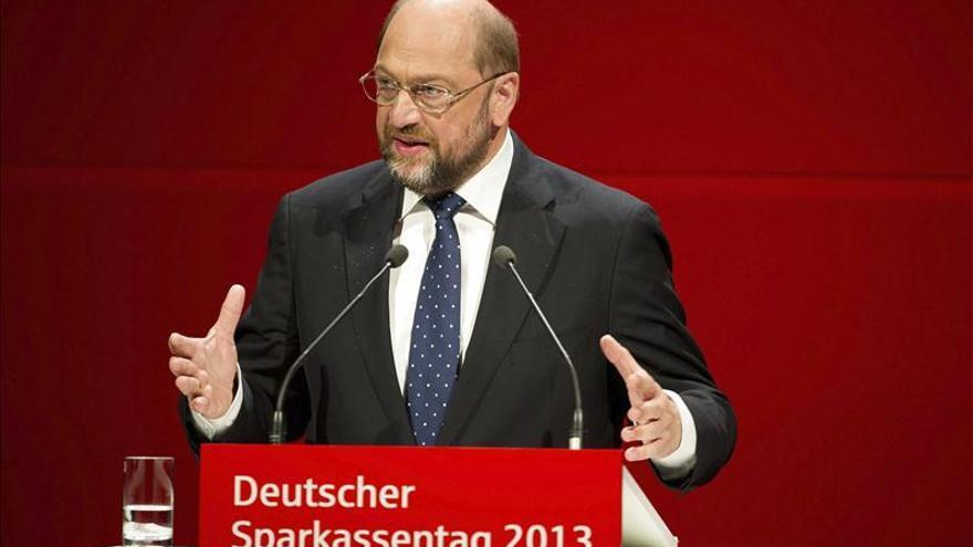 Schulz tacha de tardío e insuficiente el plan alemán contra el desempleo juvenil