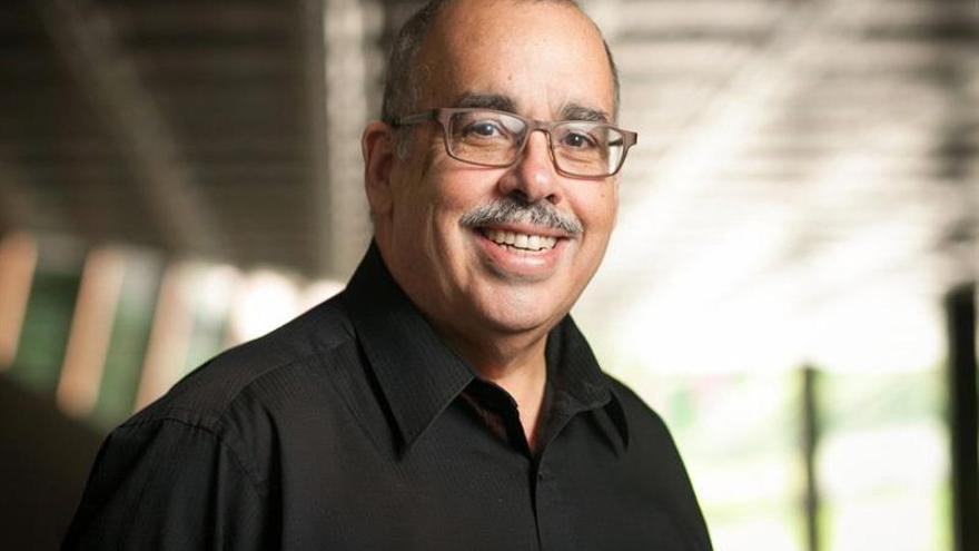 Roberto Sierra gana el Premio de Música Tomás Luis de la Victoria