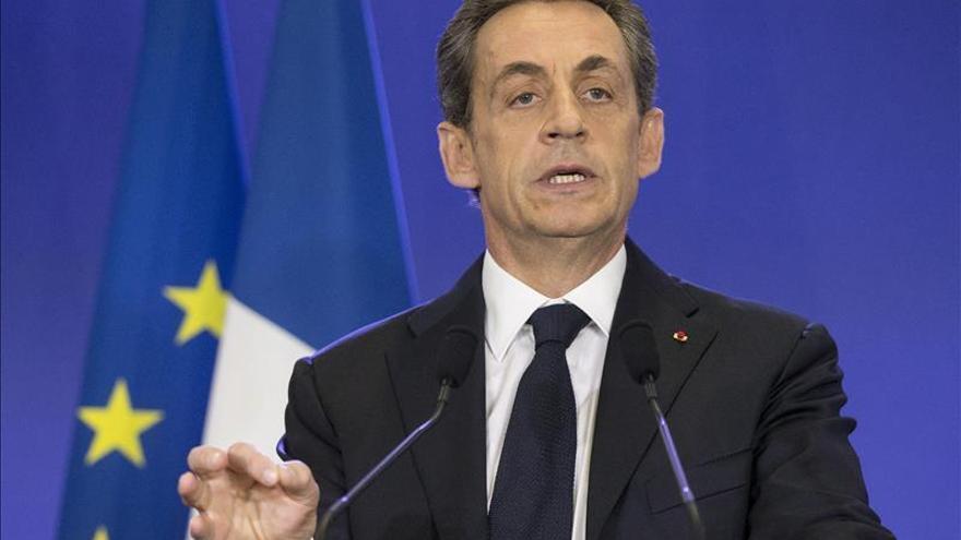 """Sarkozy señala que Hollande en tres años """"ha batido todos los récords de promesas incumplidas"""""""