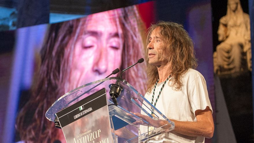 Roberto Iniesta, en la gala de entrega de las Medallas de Exrtemadura