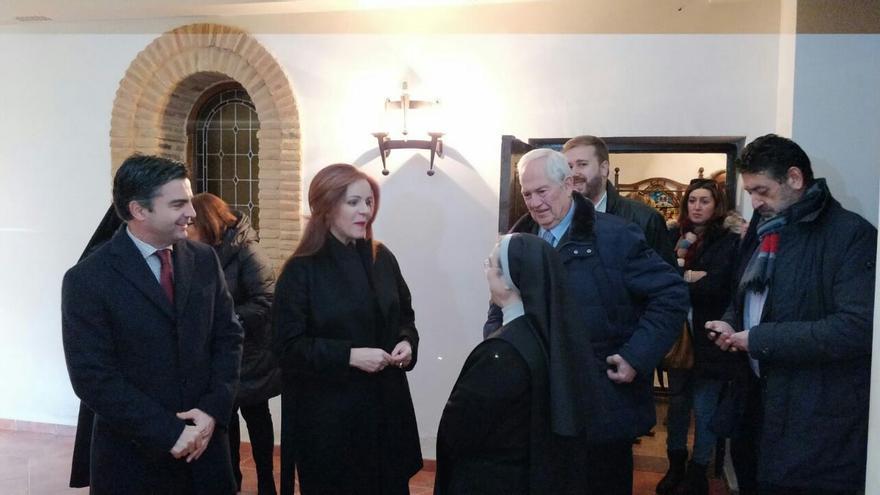 La presidenta de las Cortes, Silvia Clemente, junto a otros cargos institucionales de la región, este martes en León.