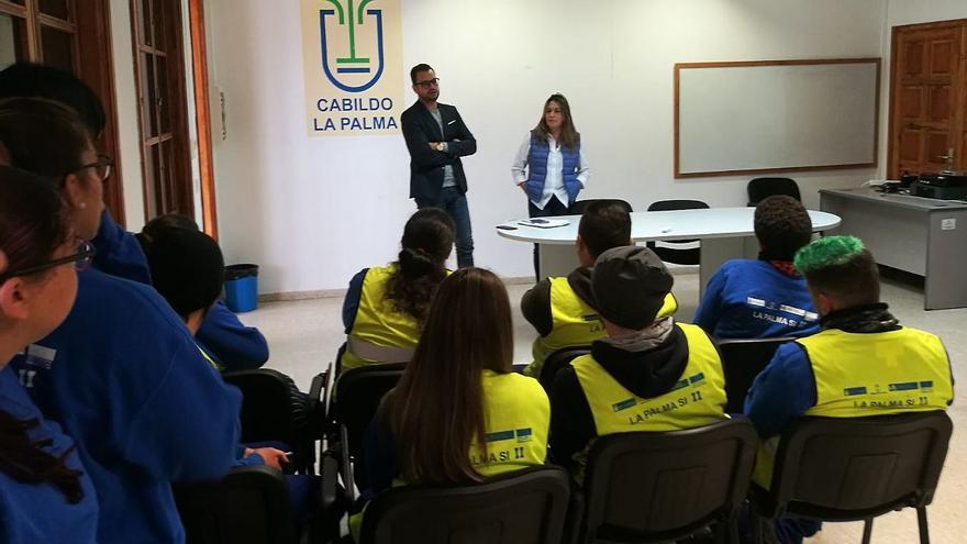 Jordi Pérez en una clase con los jóvenes.