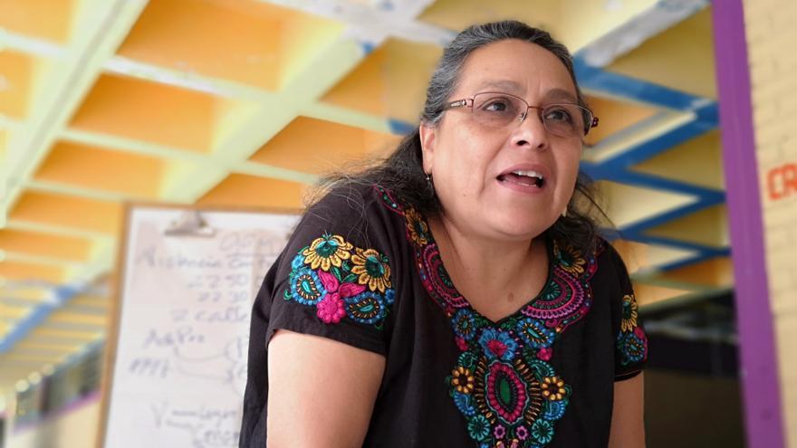 La diputada guatemalteca Sandra Morán (Convergencia) explicando el avance de la ley para el desarrollo económico de las mujeres.
