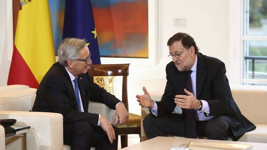"""Bruselas sigue con """"preocupación"""" las posibles """"consecuencias"""" del desafío independentista"""