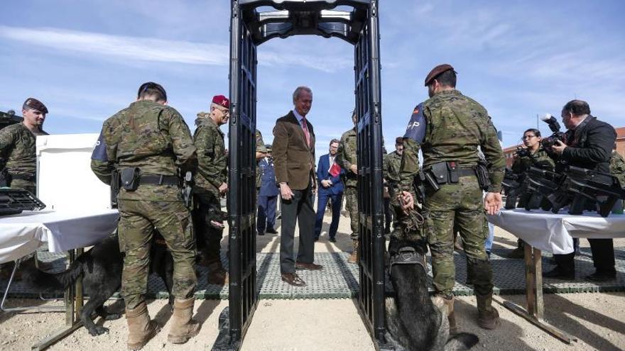 Morenés pide mejorar la inversión en Defensa por responsabilidad y solidaridad